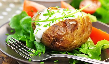 diétny recept - pečený zemiak s tvarohom