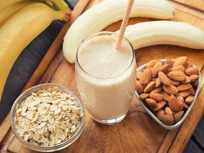 rýchly-smoothie-pred-cvičením-raw-recept-chudnutie