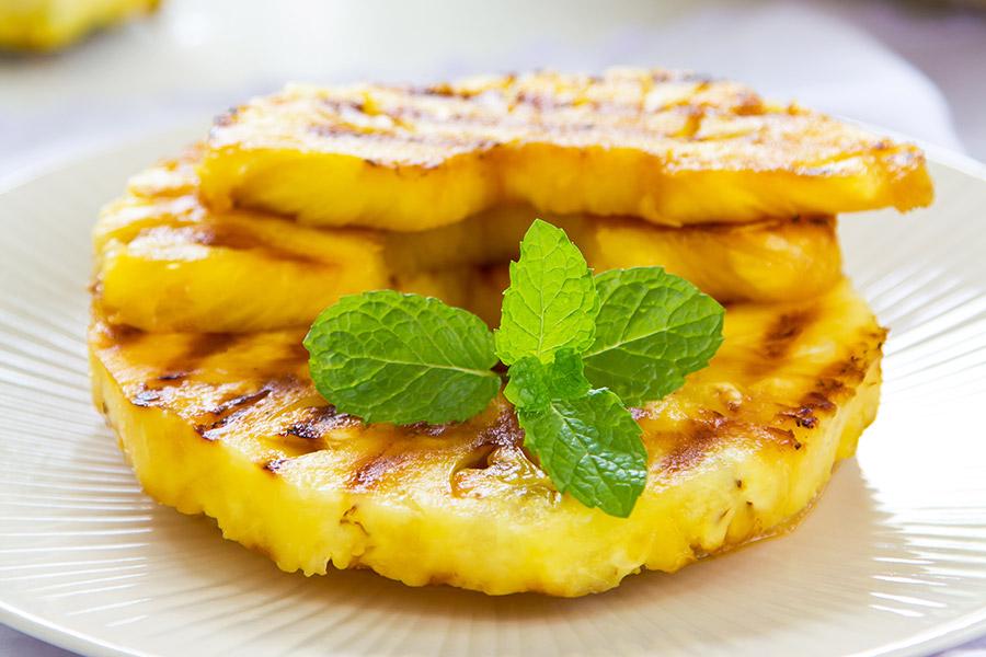 diety-a-chudnutie-peceny-ananas