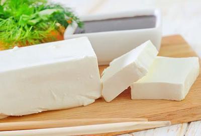 tofu s chrenom