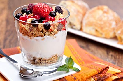 zdravé raňajky jogurt